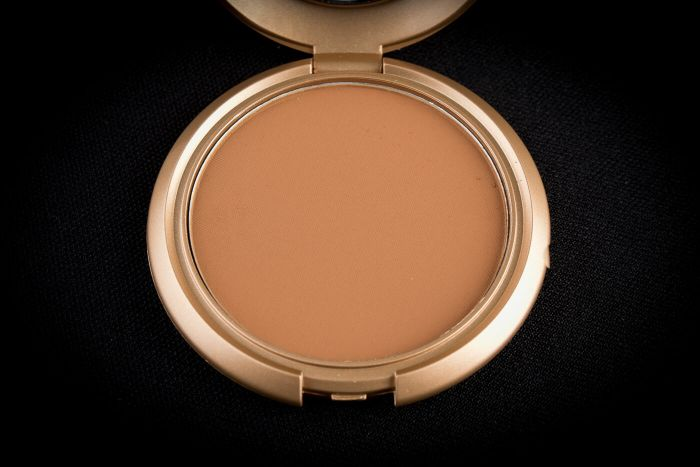 Dorris Michaels Pressed Powder ST 5